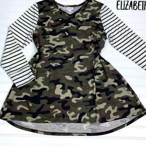 Lularoe NWT XS Elizabeth Tunic Top💚